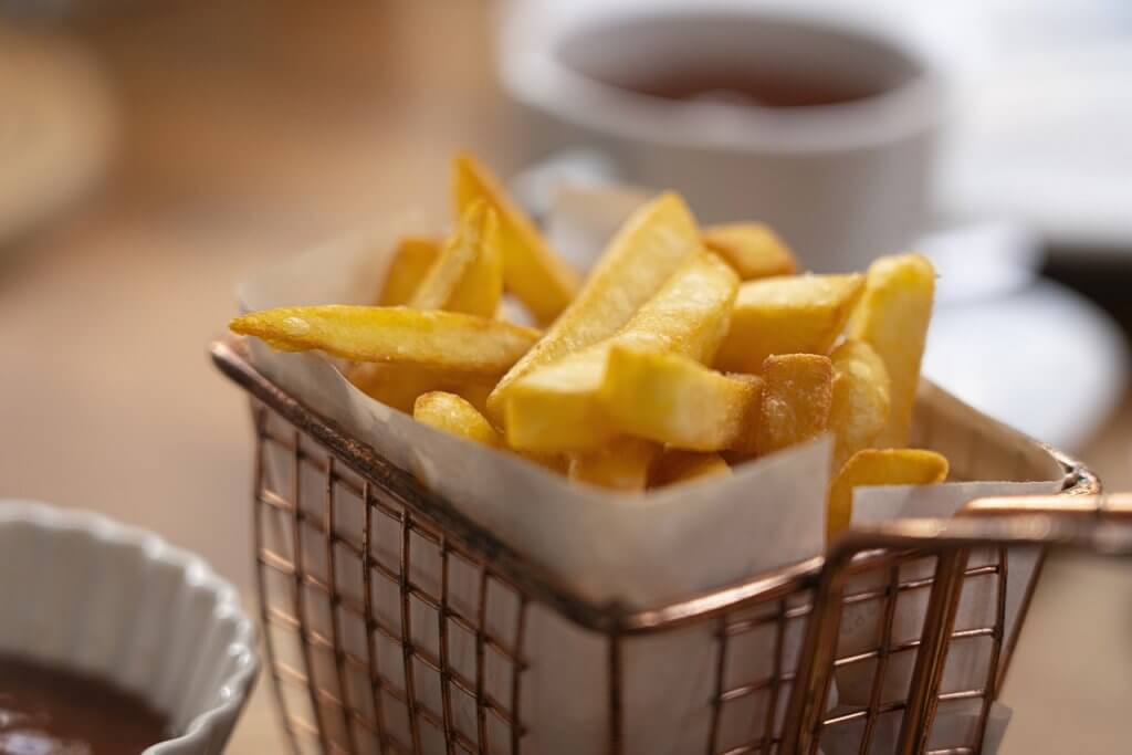 French Fries Food Snack Fast Food  - DimStock / Pixabay